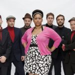 Pajas musicales: Brandy Butler and the Fonxionaries