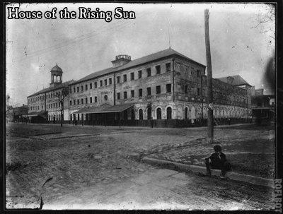 Pajas musicales: La Casa del sol Naciente